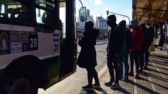 transporte-pasajeros-covid-696x392-1