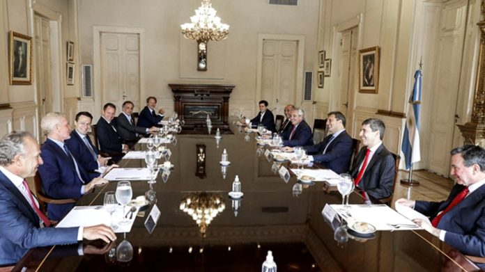 empresarios-reunion-gobierno-nacional-696x391-1